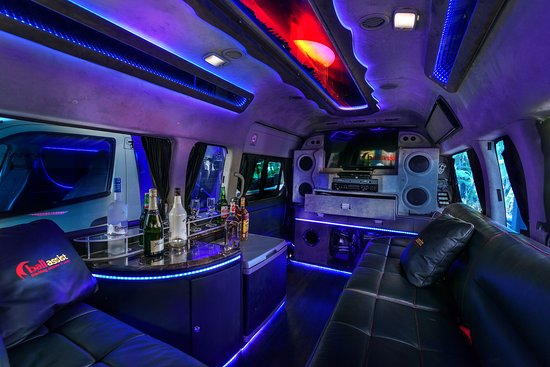 Best Party Bus